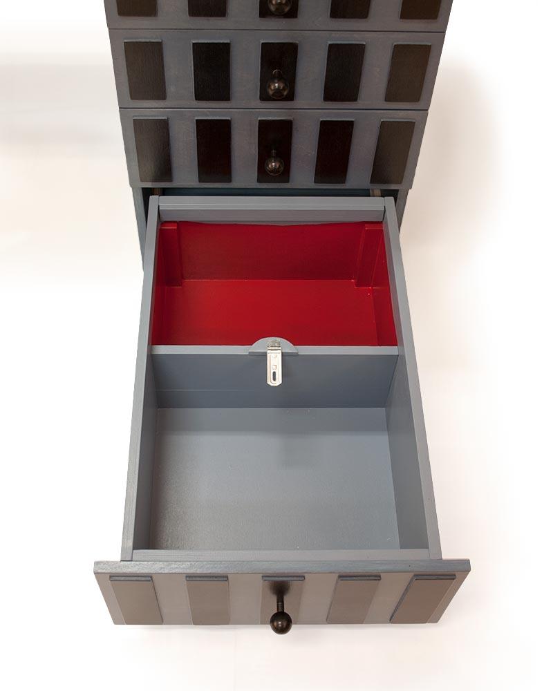 Bureau met zwarte vlakjes for Het ladeblok